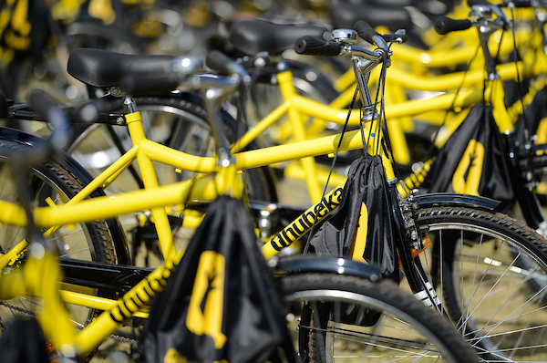 Qhubeka donates bicycles through fundraising events